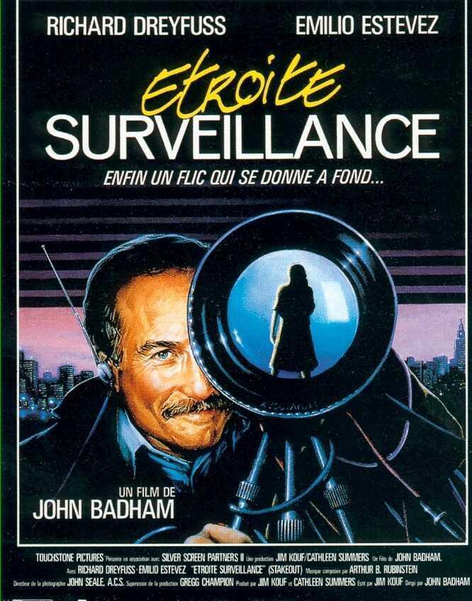 affiche du film Étroite surveillance