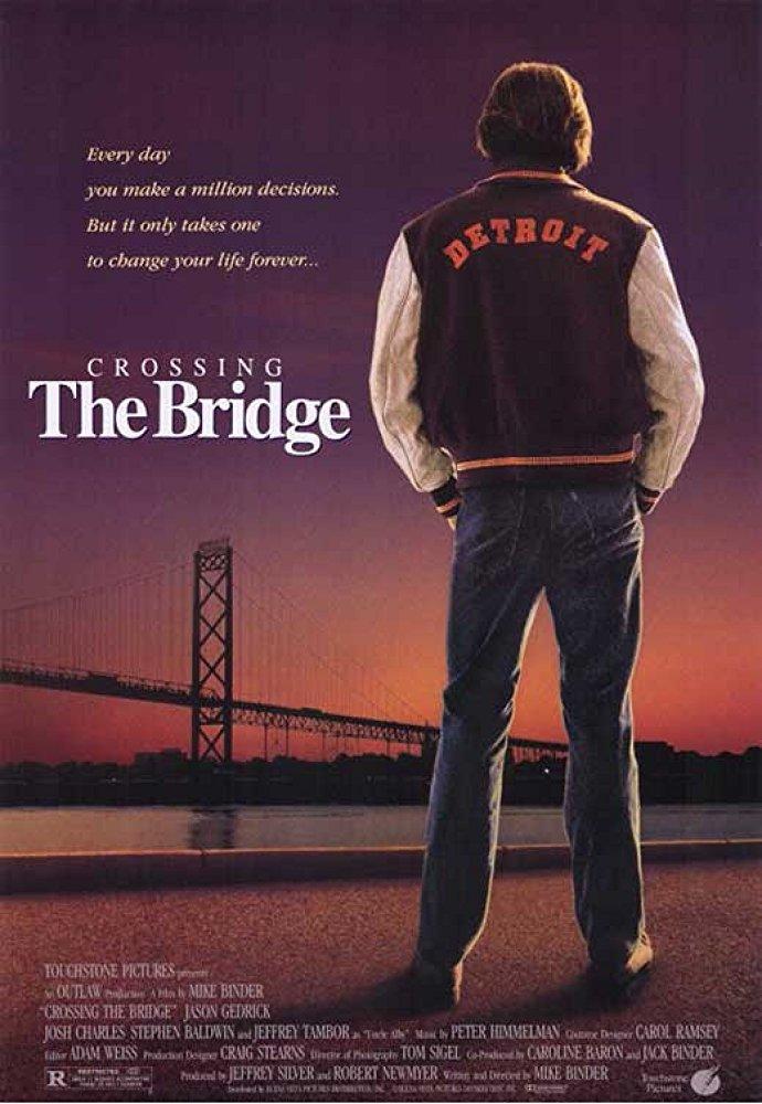 affiche du film Crossing the Bridge