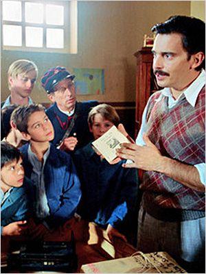 affiche du film Le Maître qui laissait les enfants rêver (TV)