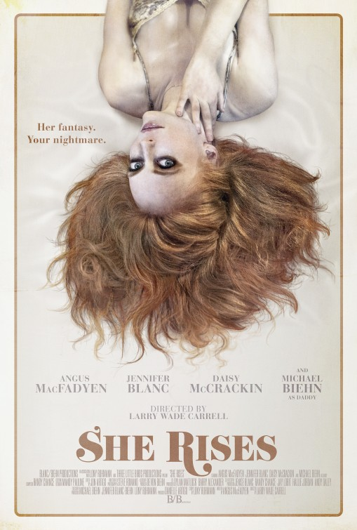 affiche du film She Rises