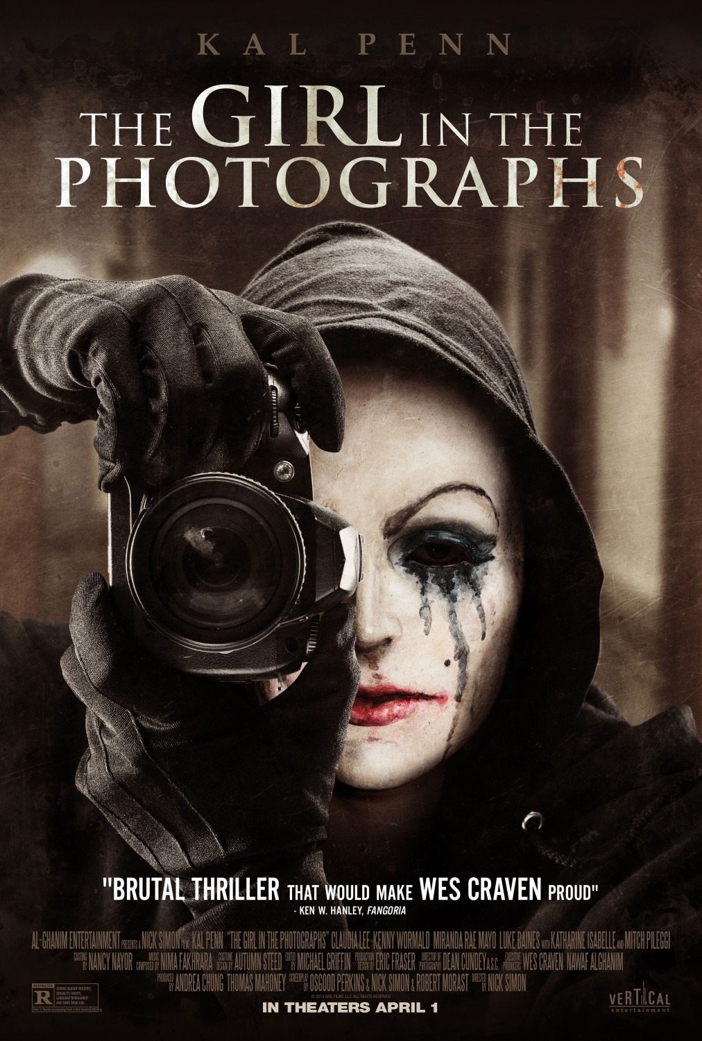 affiche du film The Girl in the Photographs