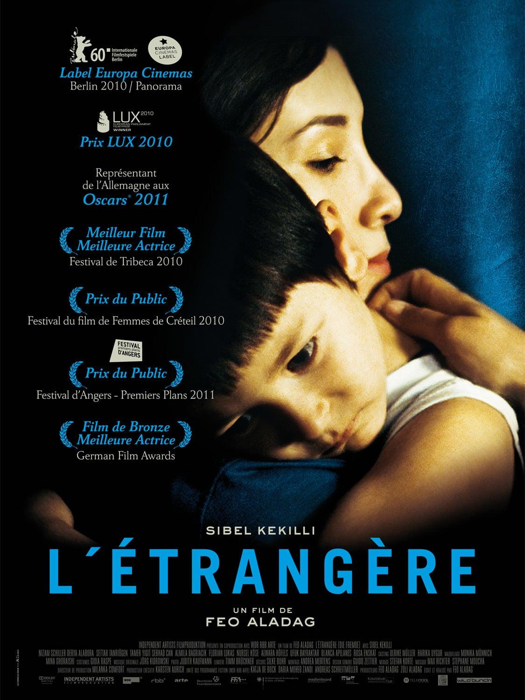 affiche du film L'étrangère