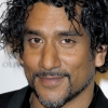 portrait Naveen Andrews