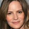 portrait Jennifer Jason Leigh