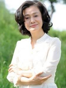Kim Hee-Ryung