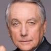 Bob Gunton