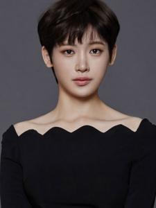 Seo-Young Hong