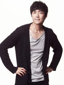 Lee Jae-Woo