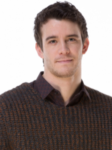 Luke Thompson (2)