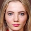 portrait Freya Allan