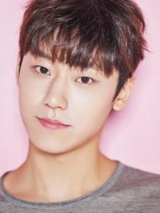 Do-Hyun Lee (2)