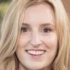 portrait Laura Carmichael