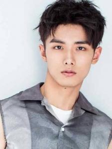 Yiqin Zhao