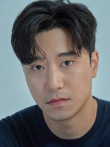 Kim (2) Jeong-Woo