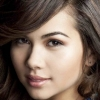 portrait Hayley Kiyoko