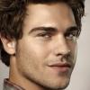 portrait Grey Damon