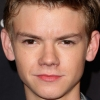 portrait Thomas Brodie-Sangster