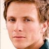 portrait Charlie Bewley
