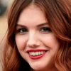 portrait Hannah Murray