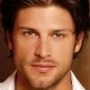 portrait Greg Vaughan