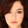 portrait Katie Findlay