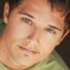 portrait Andy Mientus
