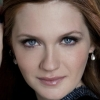 portrait Bonnie Wright