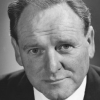 Bernard Lee