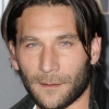 portrait Zach McGowan