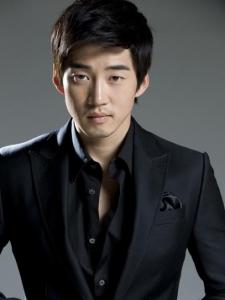 Kye-Sang Yoon