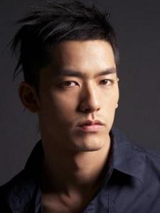 Yong-Woo Lee