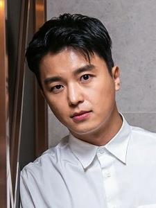 Woo-Jin Yeon