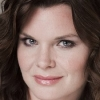 portrait Heather Tom