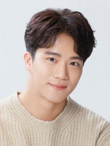 Ha Seok-Jin