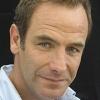 portrait Robson Green