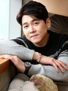 Choi (2) Min-Yong