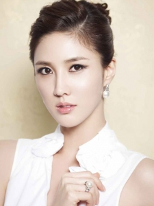 Lee Soo-Kyung