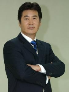 Dong-Geun Yoo