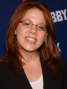 Lynsey Bartilson