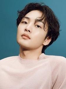 Kim Min Jae (2)