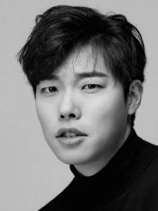 Jun-Yeol Ryu