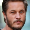 portrait Travis Fimmel