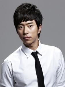 Hyun-Min Yoon