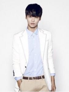 Cha Hak-Yeon