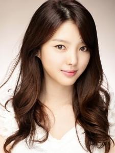 Uhm Hyeon-Kyeong