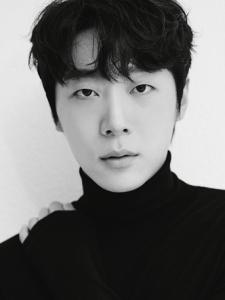 Hyun-Soo Shin