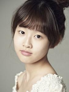 Park Si-Eun