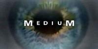 Médium (Medium)