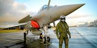 À l'école des pilotes de chasse de l'aéronavale